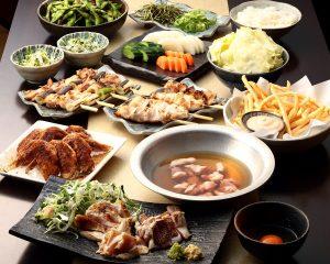 とりいちず酒場 市川北口店の鶏料理を満喫できる〈食べ放題×飲み放題コース〉