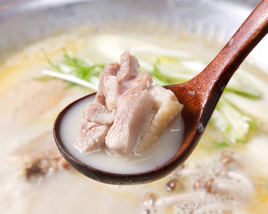 とりいちず酒場 市川北口店で味わえるコラーゲンたっぷり鍋